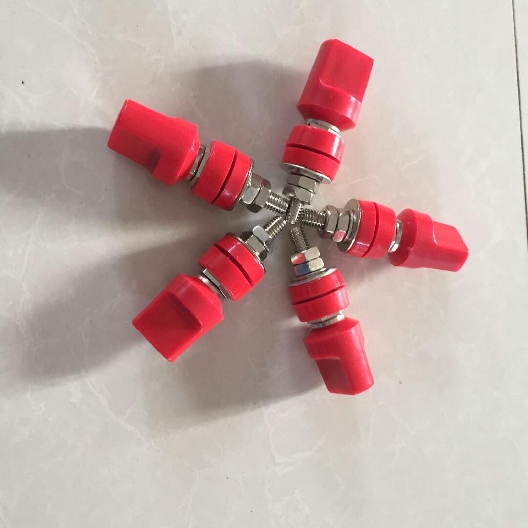 电压接线柱