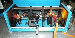 CW染料激光器(550-700/275-350nm)