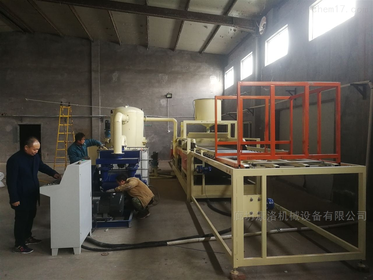 热固性硅质改性聚苯板设备制作工艺流程