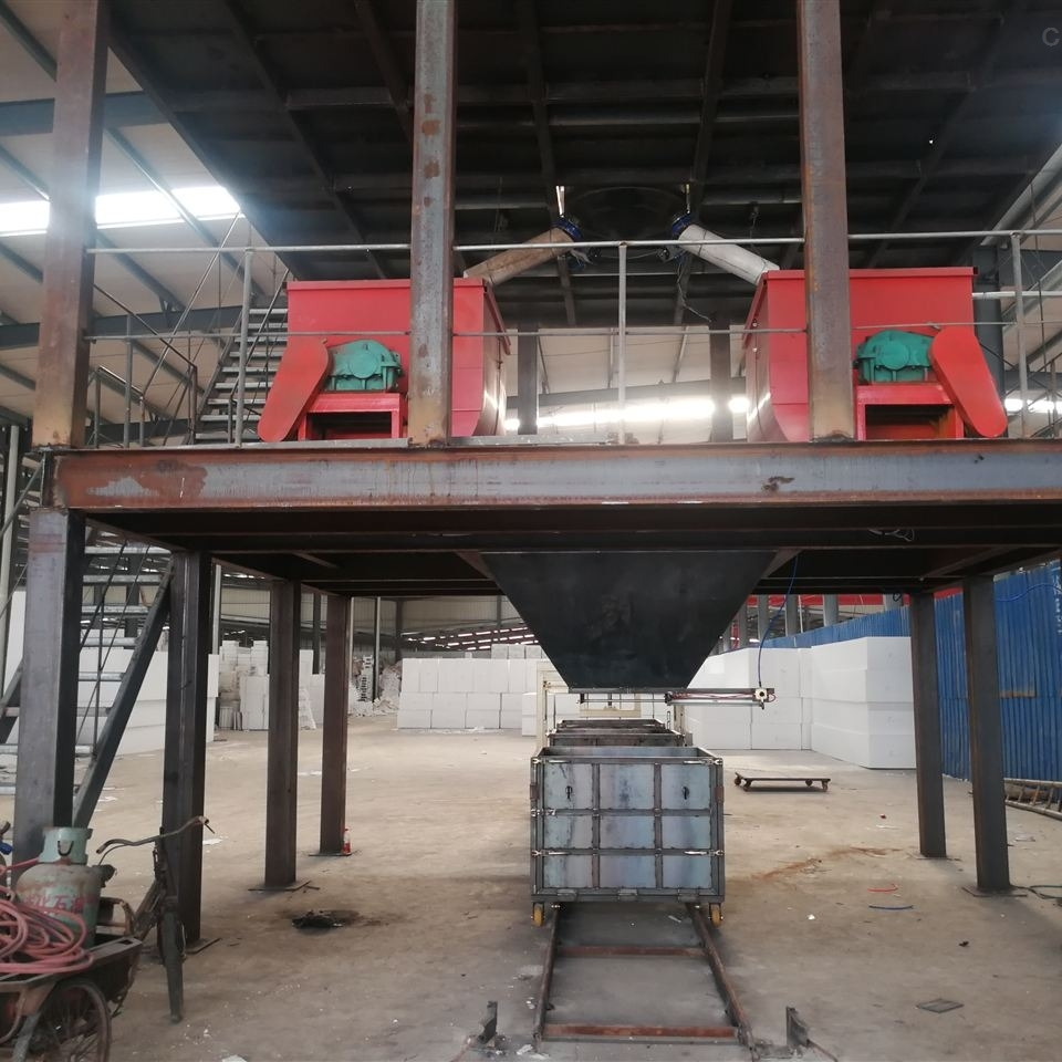 震动式热固复合匀质板设备生产的环保产品