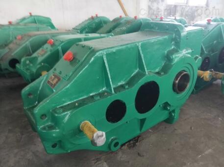 供应:ZSCA650-51.7-1型立式套装齿轮减速机