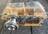吊车供应:QY3D315-40-3CA减速机
