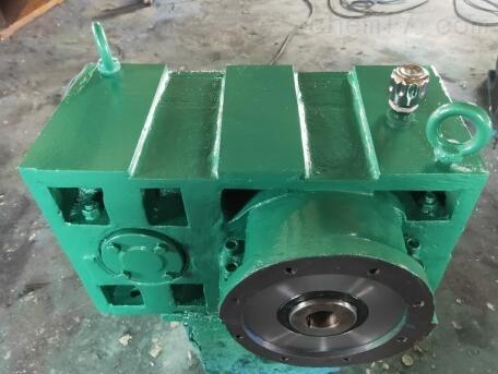 供应:ZLYJ200-12.5-1塑料挤出机减速机
