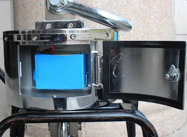 蓝箭电子吊秤电池