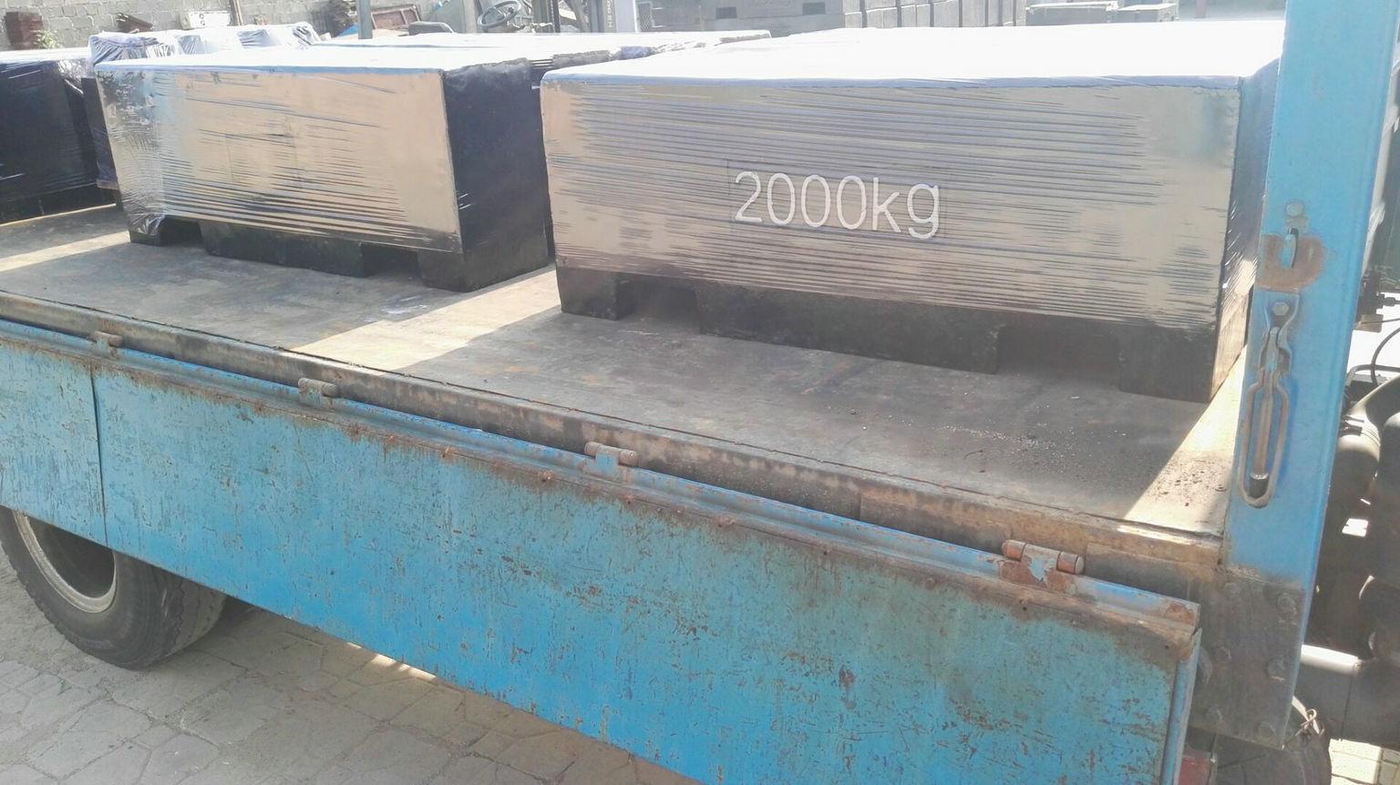 2000kg砝码