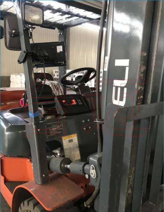 柴油叉车改装电子秤